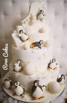 Rose Cakes – Roma – Italy Christmas Cake Topper, Christmas Cake Decorations, Christmas Cupcakes, Baking Cupcakes, Cupcake Cakes, Penguin Birthday, Circus Birthday, Circus Party, Birthday Parties
