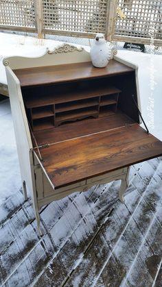 Painted Secretary/Desk Annie Sloan Chalk Paint Old Ochre and Antique Walnut Gel Stain. www.niagarafurniturepainting.com