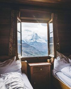A cozy room in the Alps : CozyPlaces