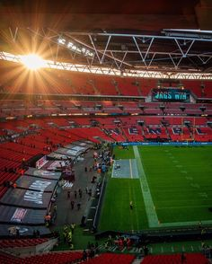 Wembley last week just minutes after the match finished and over 83k fans left home. Thank You @marriotteurope it was cool experience  #nflLondon #wembley #nfl #rewarding #OnlyInTheNFL #London #thisisLondon #sunset #jaguarsvscolts