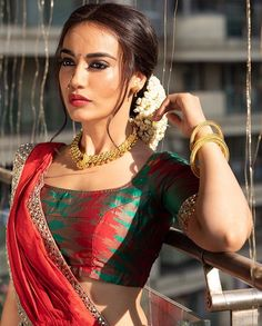 Surbhi Jyoti sexy photos: Naagin 3 actor looks drop-dead gorgeous in her ethnic collection, see photos - NewsX Indian Tv Actress, Indian Actresses, Saree Poses, Wedding Couple Poses Photography, Bollywood Lehenga, Bollywood Actress Hot Photos, Cute Beauty, Indian Beauty Saree, Celebs