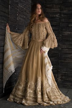 Designer Exclusive Collection of Designer Dresses, Designer Gowns, Bridal Dresses. Pakistani Wedding Outfits, Pakistani Dresses, Indian Dresses, Indian Outfits, Lehenga Wedding, Indian Fashion, Boho Fashion, Fashion Dresses, Formal Casual