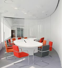#Dexter meeting chair, conference chair, cantilever chair +++ Xenon Capital Partners, Moscow.