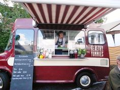 Healthy Yummies has a goal of serving good honest food with a smile. #MobileRetail #London