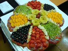 Frutas, cores e muitas frutas.
