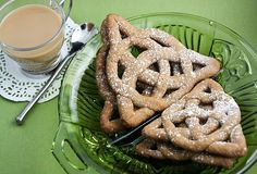 Celtic Knot cookies