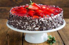 Fränkische Erdbeertorte - Fränkische Rezepte Acai Bowl, Panna Cotta, Pudding, Cupcakes, Fish, Meat, Breakfast, Ethnic Recipes, Desserts