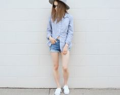 #minimalfashion #minimalstyle #womensfashion #fashion #outfit #summerfashion #fedora #stripedbuttonup #whitesneakers #denimshorts #aeostyle #uoaroundyou