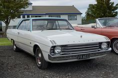 1970 Chrysler Valiant Regal coupe Australian Vintage, Australian Cars, Plymouth Scamp, Chrysler Valiant, Aussie Muscle Cars, Chrysler Imperial, Dodge Dart, Car Manufacturers, Old Cars