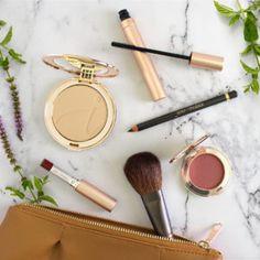 top makeup trends including red lipstick, mineral foundation, vegan mascara, mineral blush, vegan eyeliner, and a natural makeup brush