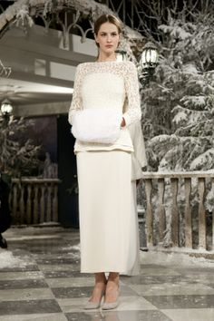 Russian bride's attire for a winter wedding. It is plain and laconic, but a lace trim and a fur muff add some luxury to the look. Russian Wedding, Russian Brides, Bridal Dresses, Wedding Gowns, Winter Wonderland Wedding, Russian Fashion, Bridal Style, Lace Skirt, Elegant
