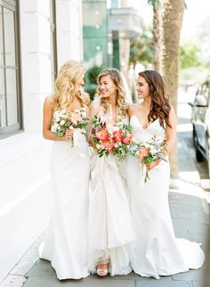 Today's wedding inspiration shows off a hipper side to the South with modern decor mixed with an easy going Southern touch. Bridal Skirts, Bridal Gowns, Wedding Gowns, Wedding Dress Trends, White Wedding Dresses, Wedding Ideas, Cheap Bridesmaid Dresses Uk, Bridesmaids, Traditional Gowns