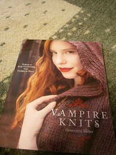 If you adore Twilight, True Blood or the Vampire Diaries, this collection of 28 imaginative and beautiful projects is sure to captivate you. Knitted Afghans, Baby Afghans, Crochet Stitches, Knit Crochet, Crochet Patterns, Baby Groot, Knitted Gloves, Homemade Gifts, Diy Fashion