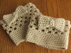 Crochet Boot Cuffs. Leg Warmers. Boots. White. Soft White.. $13.00, via Etsy.  Cute!