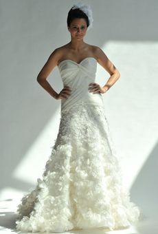 Brides: Junko Yoshioka - Spring 2013 : Wedding Dresses Gallery
