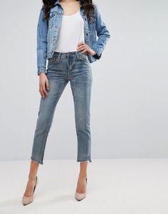 Boohoo Raw Edge Mom Jeans - Blue