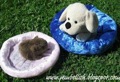 15 Minute Pet Bed Tutorial. For small pets or even just children's stuffed animals, the 15 Minute Pet Bed Tutorial makes a quick and easy sewing project. Use our free pet sewing projects to create a comfy place for your favorite pet to rest. #sewing
