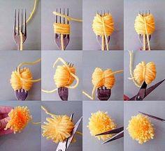 diy pom poms with a fork Diy Home Crafts, Diy Arts And Crafts, Cute Crafts, Crafts For Kids, Crafts To Make, Pom Pom Crafts, Yarn Crafts, Easter Crafts, Christmas Crafts