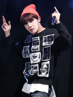 BTS J-Hope © HOPE'S MIRACULOUS | Do not edit.
