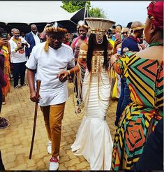 African Traditional Wedding Attire That Will Make You Want To Get Married - Pretty 4 Zulu Traditional Wedding Dresses, Zulu Traditional Attire, South African Traditional Dresses, Traditional Wedding Decor, Wedding Dresses South Africa, African Wedding Attire, African Attire, Zulu Wedding, African Dresses Men