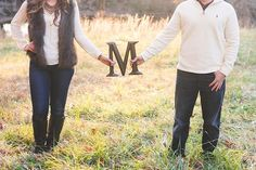 Wedding Ideas Fall Country Engagement Photos 68 Ideas - Wedding Ideas Fall Country Engagement Photos 68 Ideas Le maquillage est us processus qui donne une - Country Engagement Pictures, Engagement Photo Poses, Engagement Shoots, Wedding Pictures, Wedding Ideas, Engagement Ideas, Couple Pictures, Fall Engagment Photos, Party Pictures