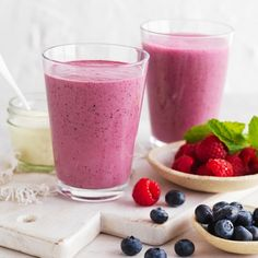 Berry, Yoghurt and Mint Smoothie