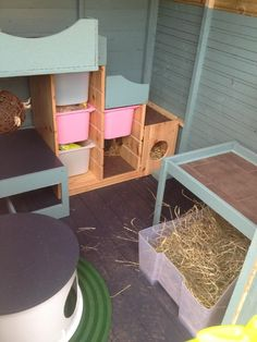 New pics of shed!! - Rabbits United Forum