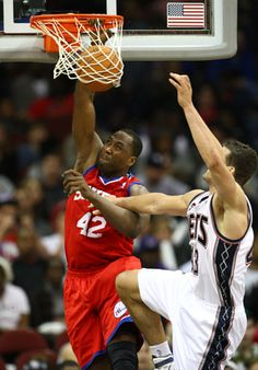 Elton Brand-------Philadelphia 76ers  Position: Power forward  Age: 33