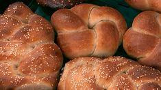 Odborníci na kváskovanie rozdali pár cenných rád a podelili sa aj o recepty | TVnoviny.sk Hamburger, Bread, Food, Basket, Brot, Essen, Baking, Burgers, Meals