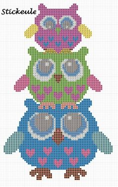 3 Owls ___ Mom Owl Stands w Girl Owl on Her HEAD & The Girl Owl Has a Baby Owl on Her HEAD___ Square Stitch *or* Loom Work ____ I will definitely use this owl cross-stitch pattern someday!- no link Cross Stitch Owl, Cross Stitch Animals, Cross Stitch Designs, Cross Stitching, Cross Stitch Embroidery, Cross Stitch Patterns, Free Cross Stitch Charts, Motifs Perler, Perler Patterns