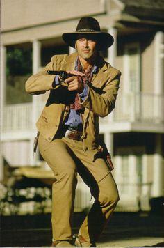Bruce Campbell. The Adventures of Brisco County Jr.