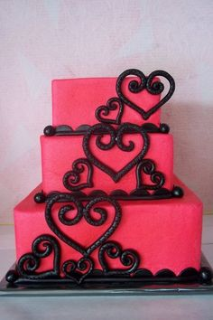 hot pink with black hearts wedding cake