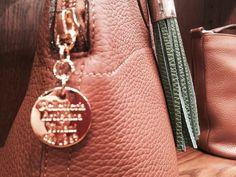 #PelletteriaArtigianaViviani Since 1965, handmade high quality bags in Florence