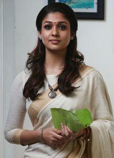 nayanthara in saree - Yahoo India Image Search results Kerala Saree Blouse Designs, Saree Blouse Patterns, Nayanthara In Saree, Nayanthara Hairstyle, Set Saree, Kasavu Saree, Saree Trends, Saree Models, Stylish Sarees