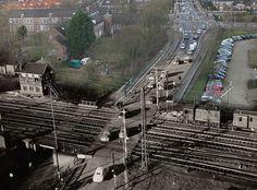 Bergerweg in Alkmaar 2012/1954 met nog een spoorwegovergang.