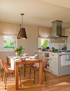 La mesa Cocina y comedor juntos Organizar cocinas