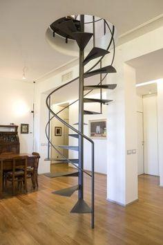 Oltre 1000 idee su scale a chiocciola su pinterest scala - Scale a chiocciola moderne ...