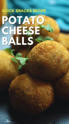 Fun Baking Recipes, Spicy Recipes, Indian Food Recipes, Cooking Recipes, Pakora Recipes, Chaat Recipe, Vegetarian Snacks, Chutney Recipes, Cheese Ball