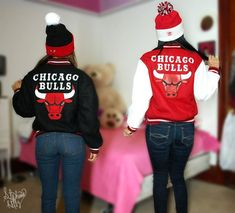 OMG!!!! I WANT ONE...FOR CHRISTMAS...or maybe just something with my chicago bulls on it from my secret santa