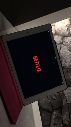 Netflix encuestas Red Things honda type r red color code Mood Wallpaper, Tumblr Wallpaper, Iphone Wallpaper, Photo D Art, Fake Photo, Boy Photography Poses, Tumblr Photography, Fake Instagram, Snapchat Picture