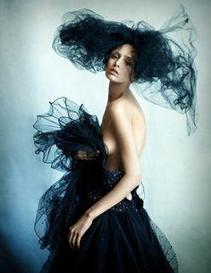 Photographer : Chris Craymer, Magazine : Rosebuzz, Agence Saint Germain / All Images