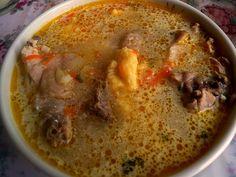 Moldavian soup (ciorba moldoveneasca) Supe, Romanian Food, Cheeseburger Chowder, Hummus, Ethnic Recipes, Romania