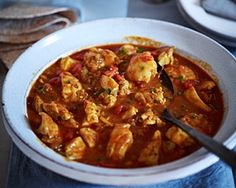 This traditional Indian curry is full of flavour. Madhur Jaffrey's Fenugreek chicken is easy to make & is a great spicy curry for sharing Healthy Curry Recipe, Curry Recipes, Healthy Chicken Recipes, Cooking Recipes, Chicken Recepies, Madhur Jaffrey Recipes, Recipe Master, Good Food Channel, Curry Dishes
