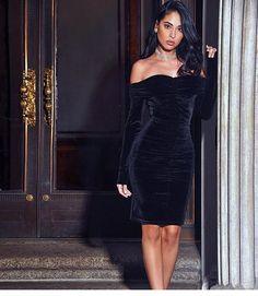 Velvet Crush Dress @kissrunwayshop is everything  | www.kissrunwayshop.com
