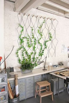 Marvelous 20 Delicate Large Wall Decoration For Minimalist Home http://decoratio.co/2017/12/15/20789/ Often when you decorating a home, you find that there is a large, empty wall. Here are 20 ways for large Wall Decoration you will definitely like.