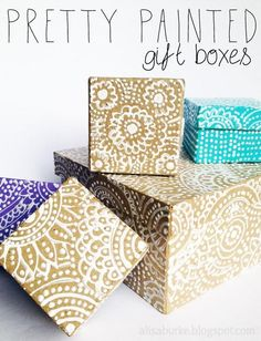 alisaburke: pretty painted gift boxes - how to. Craft Gifts, Diy Gifts, Handmade Gifts, Personalized Gifts, Yule, Diy Paper, Paper Crafts, Gift Boxes Uk, Gift Bags