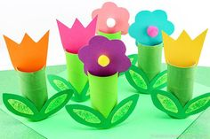 Toilet paper roll flowers - simple tp roll spring for children // toilet paper guriga flowers - simple spring idea for children // Mindy - handicraft instructions collection // / crafts DIY craftTutorial Tutorial spring Spring Crafts For Kids, Paper Crafts For Kids, Crafts To Do, Easter Crafts, Diy For Kids, Paper Towel Roll Crafts, Toilet Paper Roll Crafts, Diy Paper, Cardboard Paper