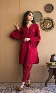 Pakistani Fashion Party Wear, Indian Bridal Fashion, Indian Fashion Dresses, Indian Designer Outfits, Pakistani Outfits, Pakistani Casual Wear, Indian Outfits, Fashion Outfits, Stylish Dresses For Girls