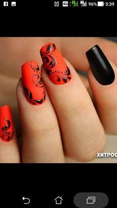 Halloween Nails - New Pin Fall Nail Art Designs, Halloween Nail Designs, Red Nail Designs, Halloween Nails, Autumn Nails, Winter Nails, Glam Nails, Cute Nails, Fingernails Painted