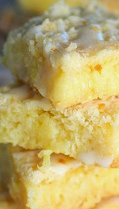 Pineapple Bars | They are super simple, I love anything warm and cinnamony that I can make ahead and bake in